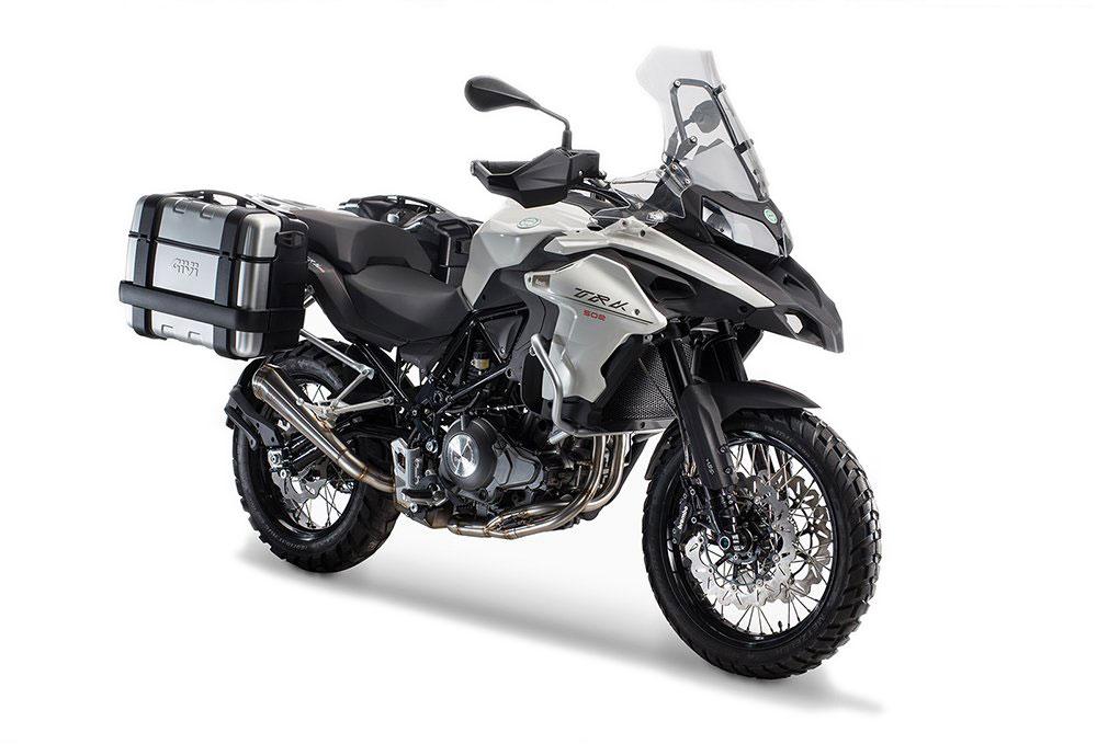 Noleggio moto a Olbia: Benelli TRK 502